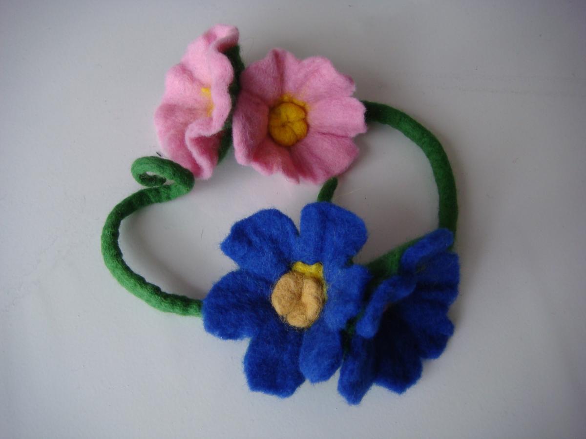 Flores De Fieltro Humedo Wet Felting Flowers Entretejiendo - Como-hacer-una-flor-de-lana
